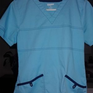Small scrub set